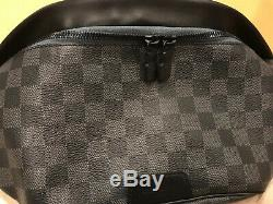 Brand New Authentic Louis Vuitton Damier Discovery BumBag Waist Body Bag N40187