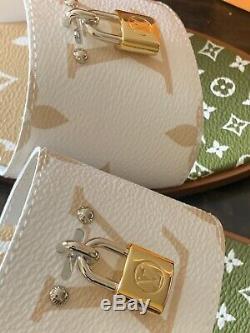 Brand New Women's Louis Vuitton Lock It Slides/Mules LE