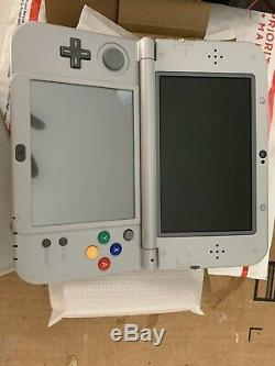 New Nintendo 3ds XL Snes Limited Edition (brand New)