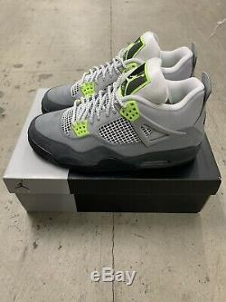 Size 10.5 Air Jordan Retro 4 SE Neon BRAND NEW FREE SHIPPING