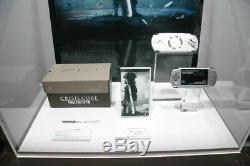 Sony PSP 2000 Final Fantasy VII 7 Crisis Core Limited Edition Bundle (Brand-New)