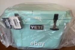 YETI Roadie 20 Sea Foam Green Cooler Limited Edition BRAND NEW DISCONTINUED