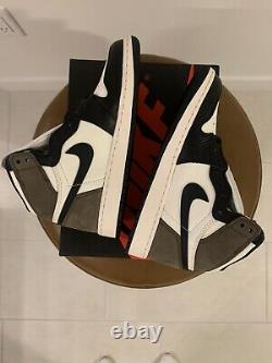 Air Jordan 1 Rétro High Og Dark Mocha Size 4.5y Gs Flambant Neuf