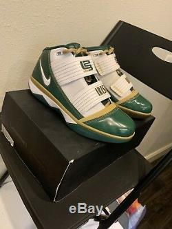 Brand New Lebron Nike Zoom Soldier 3 Svsm Accueil Taille 9 Limited Edition