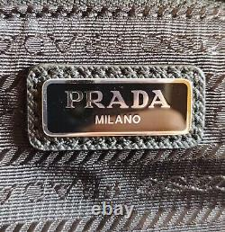 Brand New Prada Nylon Logo Zip Noir Sac D'embrayage Voyage Pochette Wristlet Pochette