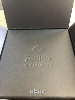 Brand New Unused Zodiac Aerospace Gmt Automatic Edition Limitée Zo9400 (182)