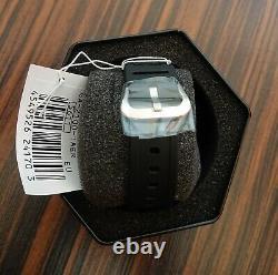 Casio G-shock Ga-2100-1a Flambant Neuf Non Porté (ups Express Worldwide)