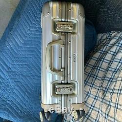 Marque New Edition Limitée Rimowa Aluminium Topas 22 Deux Couleurs (argent) Bagages