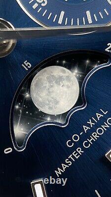 Tout Nouveau 2020 Omega Speedmaster Moonphase Blue Sunburst Acier Inoxydable 44mm