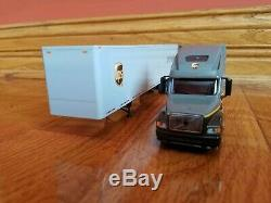 Ups Freight Volvo Sleeper Camion 1/64 Cast Die Échelle Dry Van 53'-brand New