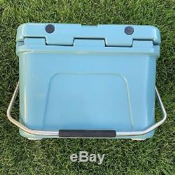 Yeti Roadie 20 Cooler Limited Edition Green River Marque Nouveau